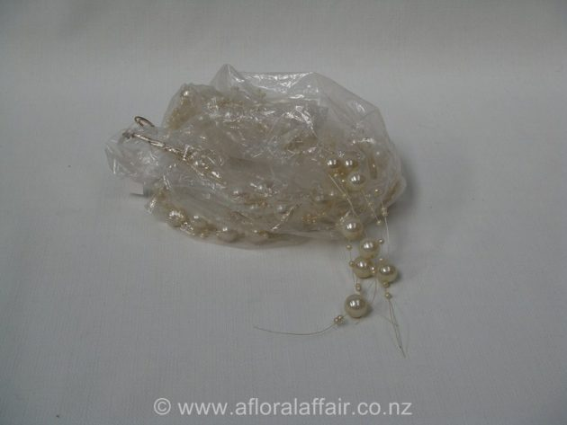 Pearl Garland 135CML Ivory