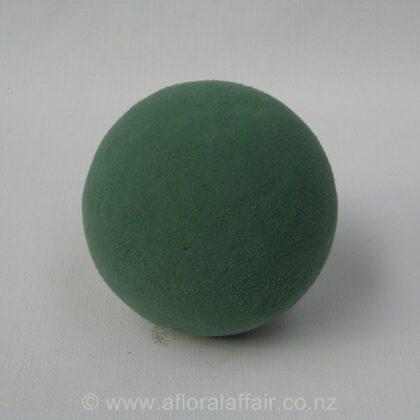 Floral Foam Sphere 16 cm wet